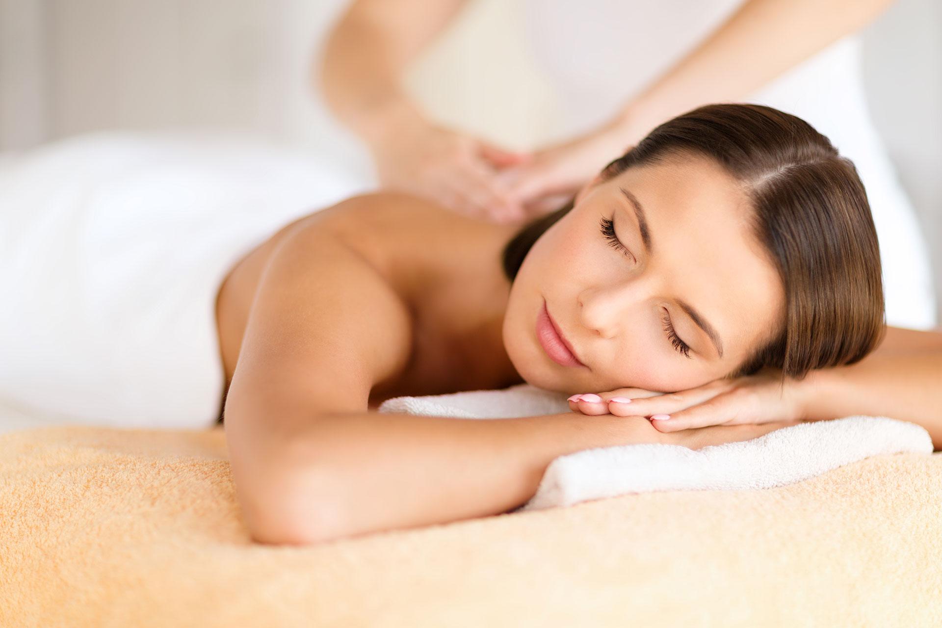 Massage with relax-wiz wordpress theme