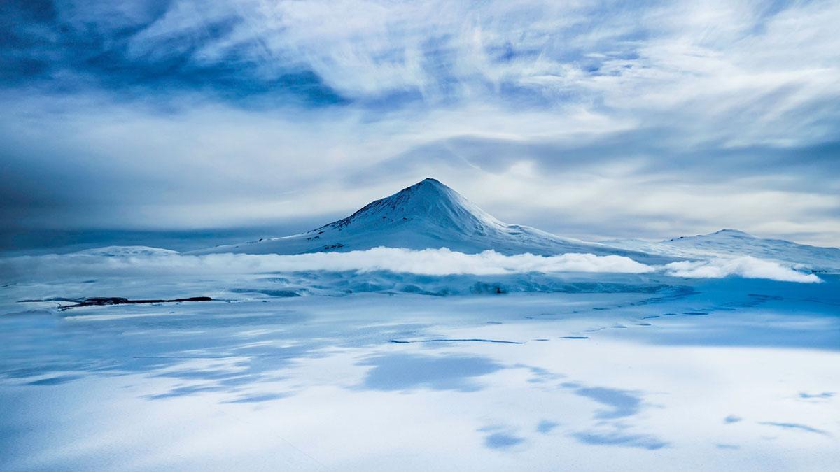 snow moumtain